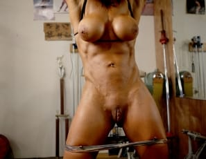 She wants her biceps and triceps to show every rep, and her abs to look as chiseled as possible