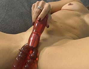 Sydney loves her sex toy and loves showing off just for you