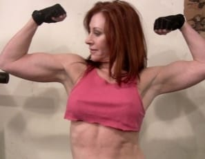 bodybuilder Vanna talks about all the ways she could squeeze you
